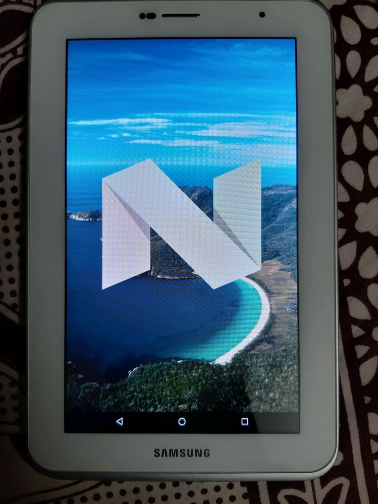 Android Nougat 7 1 2 on 6 year old Samsunng Galaxy