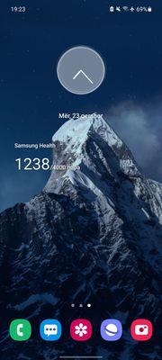 Screenshot_20210623-192319_One UI Home.jpg